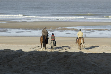 famille à cheval