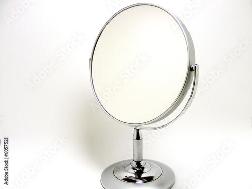 Leinwandbild Motiv Mirror