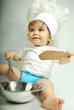 bébé qui cuisine