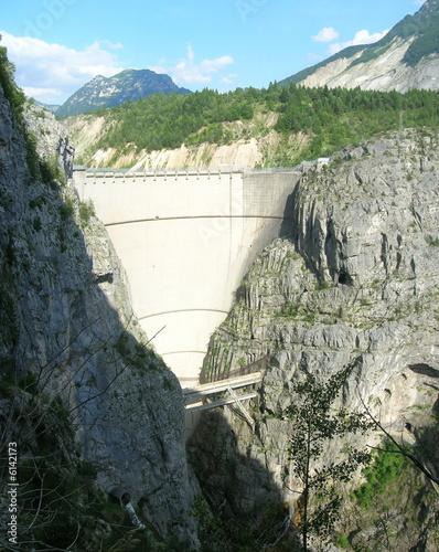 Aluminium Dam Diga del Vajont (big)