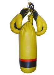 saco e luvas de boxe