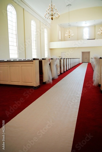 church aisle of wedding 02