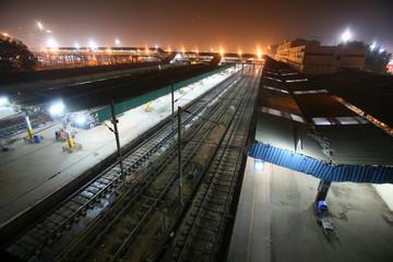new delhi railway station at night, delhi, india