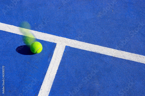 Tennis ball motion, landing inside the line