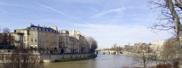 France, Paris: nice city view from the quai of the seine river