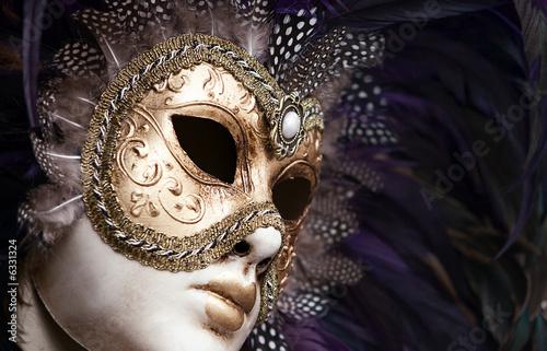 starodawna-kobieca-maska-wenezuelska