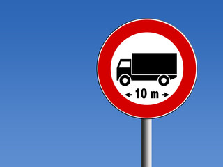 Segnale divieto di transito camion