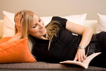 Femme et lecture