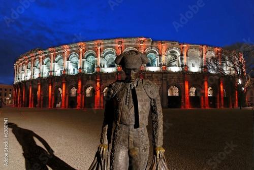 Fotobehang Madrid arenes de nimes de nuit