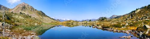 Panoramique lac de montagne (1)