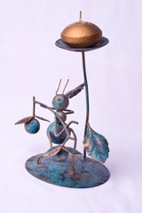 candlestick ant