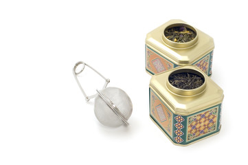 tea-strainer with tea box