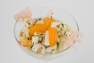 Fresh salad with shrimp and orange