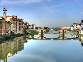 Michelangelo bridge in Florence hdr