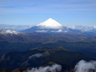 Lanin_Volcano_from_Villarica_Summit