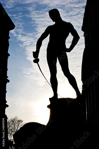 Statue of the fencer © satori