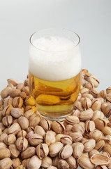 Beer with pistachioes