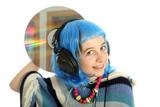 Jeune fille avec disque laser poster