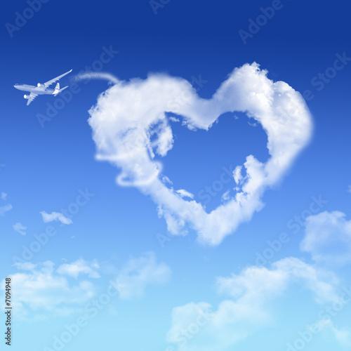 coeur nuage photo libre de droits sur la banque d 39 images image 7094948. Black Bedroom Furniture Sets. Home Design Ideas