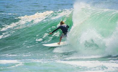 surf tube wave break