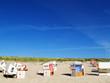 Leinwandbild Motiv Leere Strankörbe am Sylter Strand