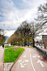 Piste cyclable à Chambéry en Savoie