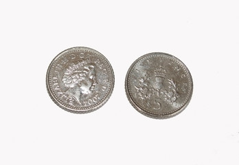 Five Pense Coin from both sides