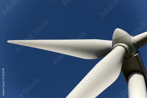 Green energy - 7256319
