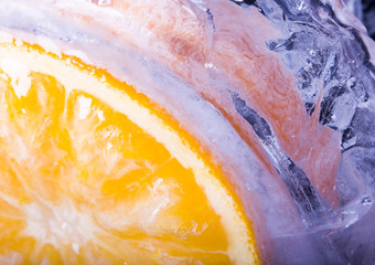 Slice of orange & Ice