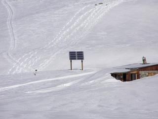 1573 - Energie solaire pour refuge en haute montagne