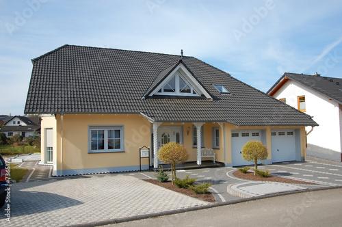 Einfaches, schönes Familienhaus