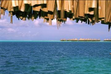 Bora Bora vue sur les bungalows