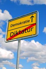 Diktatur - Demokratie