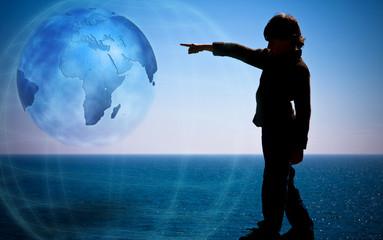 avenir enfant pointer doigt terre sphère environnement planète p