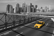 New York - Brooklyn Bridge e taxi giallo