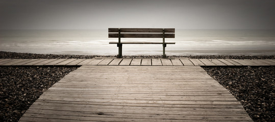 banc mer océan planche normandie gris seul triste solitude