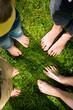 Fußgesundheit: Zusammenstehen