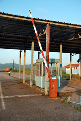 Old control customs post between Serbia and Romania