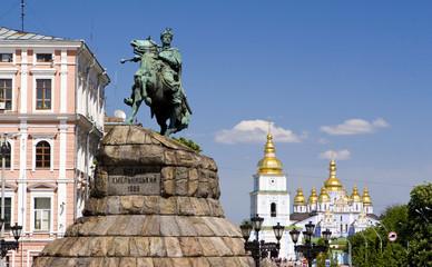 Monument of Bogdan Khmelnitsky and Mikhailovsky monastery