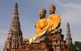 2 Buddhas in Cambodia