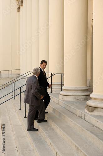 Entering Court - 7590351