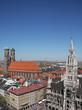 München - Neues Rathaus und Frauenkirche
