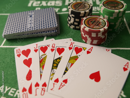 texas holdem royal flush odds
