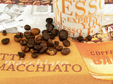 Espressotasse mit Bohnen
