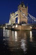 Le Tower Bridge de Londres de nuit