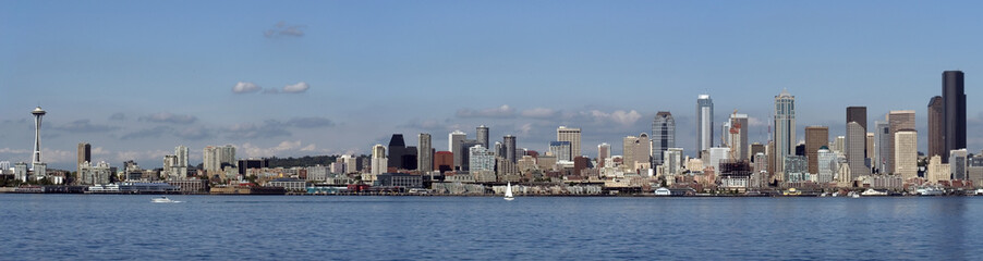 Panoramic view of waterfront Seattle, Washington