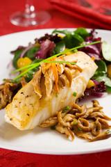 Sea bass with shiitake mushrooms and salad