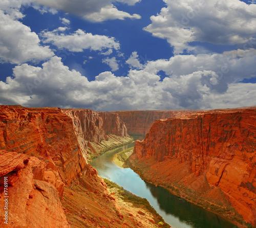 woda-na-poczatku-wielkiego-kanionu