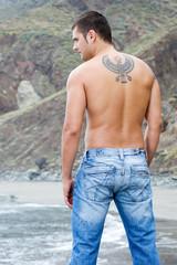 Modelos Masculino de espalda