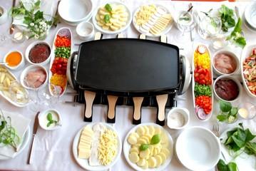 Gedeckter Tisch / Raclette